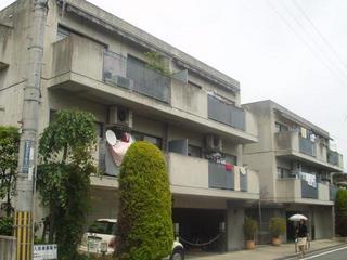 茨木市の賃貸マンション|ラジュニール春日丘の外観写真